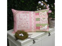 Love Birds Cushion Pattern by Sally Giblin