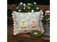 Two Hoots Cushion Pattern by Sally Giblin